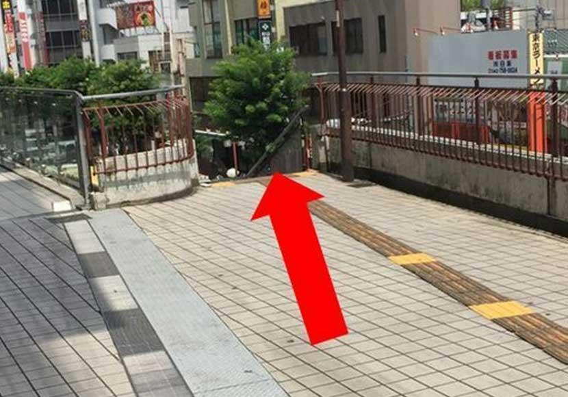 JR町田駅 ターミナル改札口から町田店への道順3