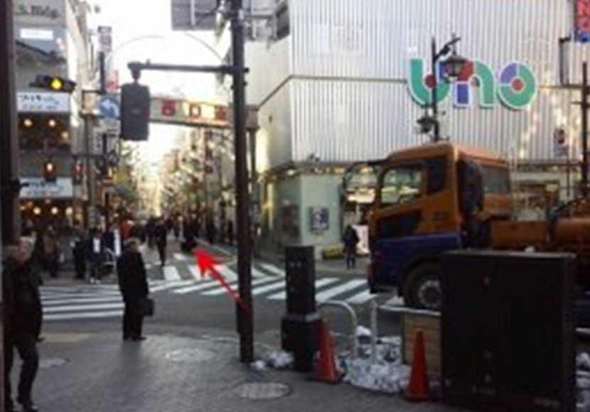 JR新橋駅から新橋店への道順1