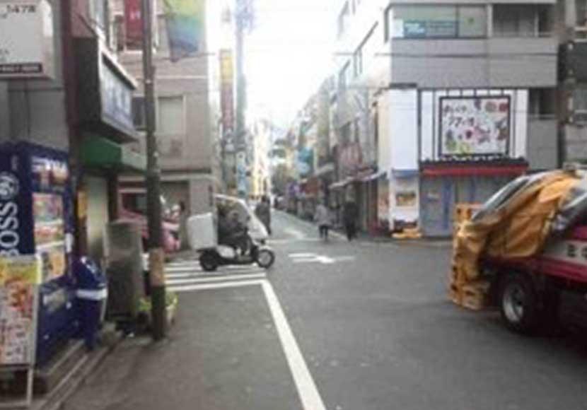 JR新橋駅から新橋店への道順3