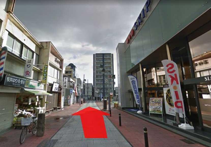 JR小田原駅から小田原駅前店への道順3