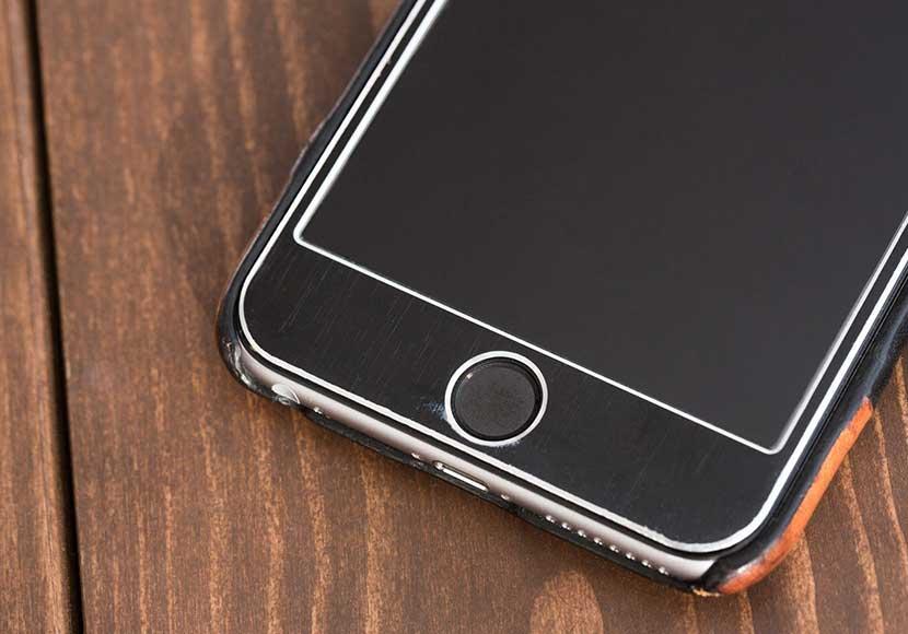 iPhoneの画面はスマートフォンの中では割れやすい!?