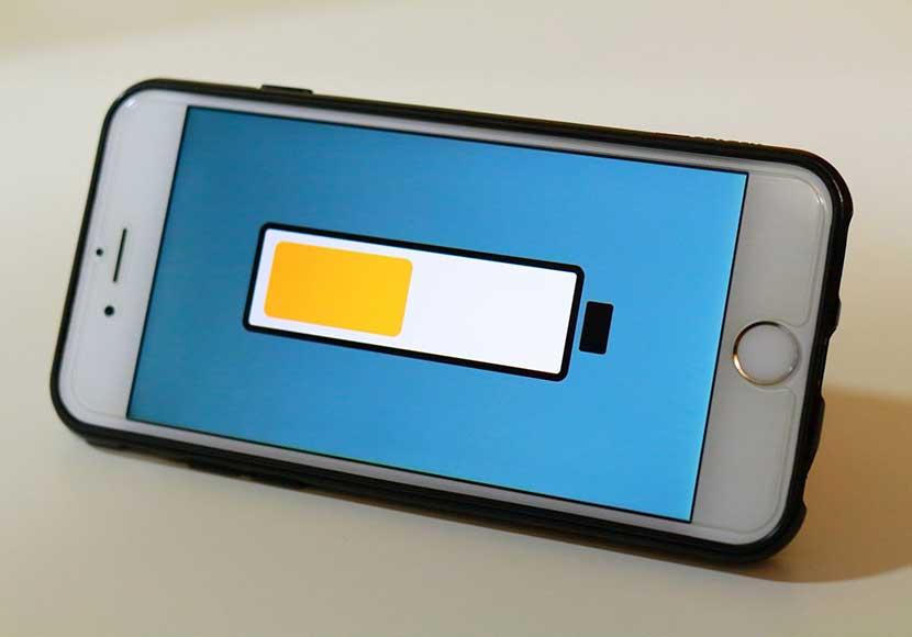 iPhone5s 交換用大容量バッテリーには要注意!