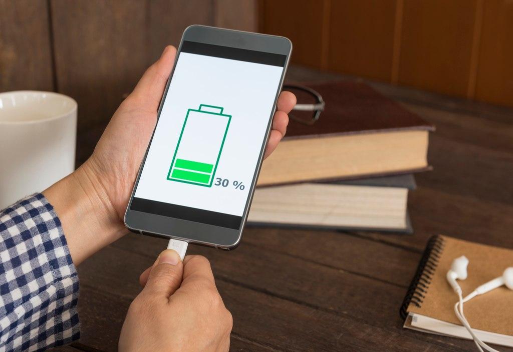 iPhone6の充電が持たないなら…まずは「バッテリーサイクルカウント」で電池の状態をチェック